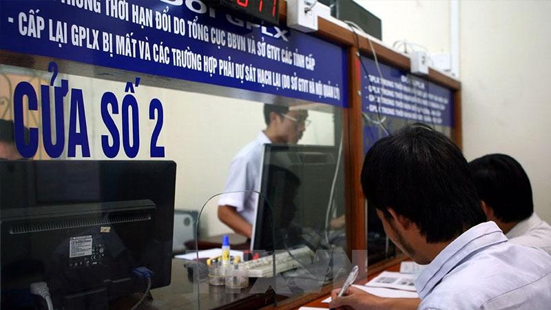 huong-dan-thu-tuc-doi-bang-lai-xe-oto-truoc-thoi-han-nhanh-chong-de-dang-hoclaixehaan-1