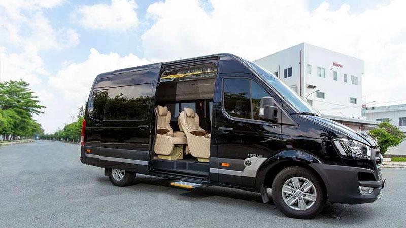 xe-limousine-xe-viet-nam-hoclaixehaan